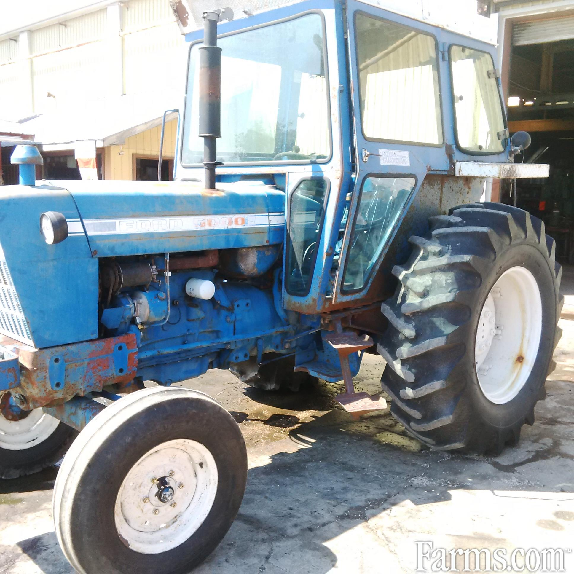 Used Tractor Salvage : Ford for sale farms