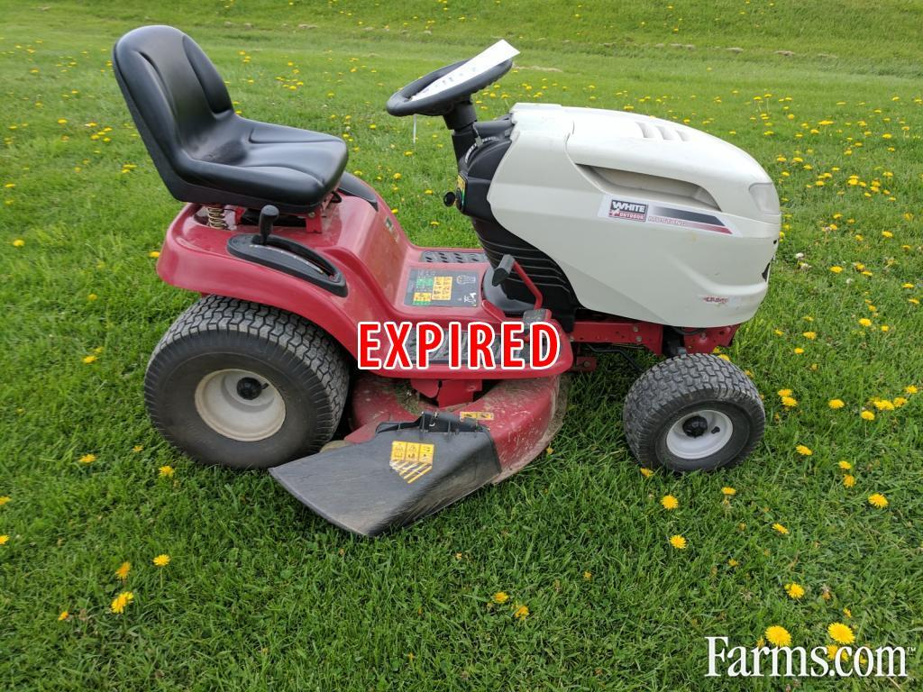 White lt942kh riding lawn mower for sale for Used lawn and garden equipment